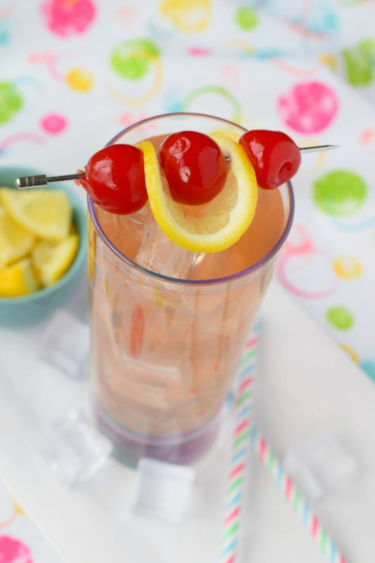Spiked Raspberry Lemonade Cocktail