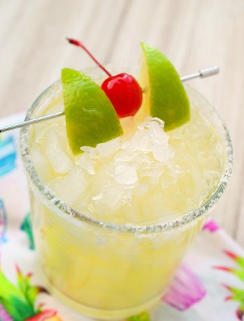 Love a good margarita? Then you have to try this amazing Italian Margarita. This cocktail has a rich flavor that's perfect for parties and entertaining.