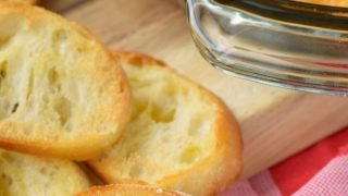 Baked Feta & Artichoke Cheese Dip