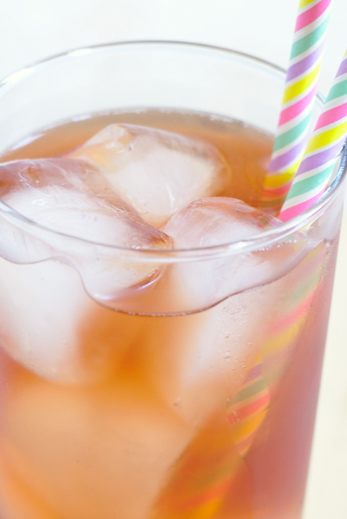 Bellini Peach Raspberry Iced Tea {Olive Garden Copycat}