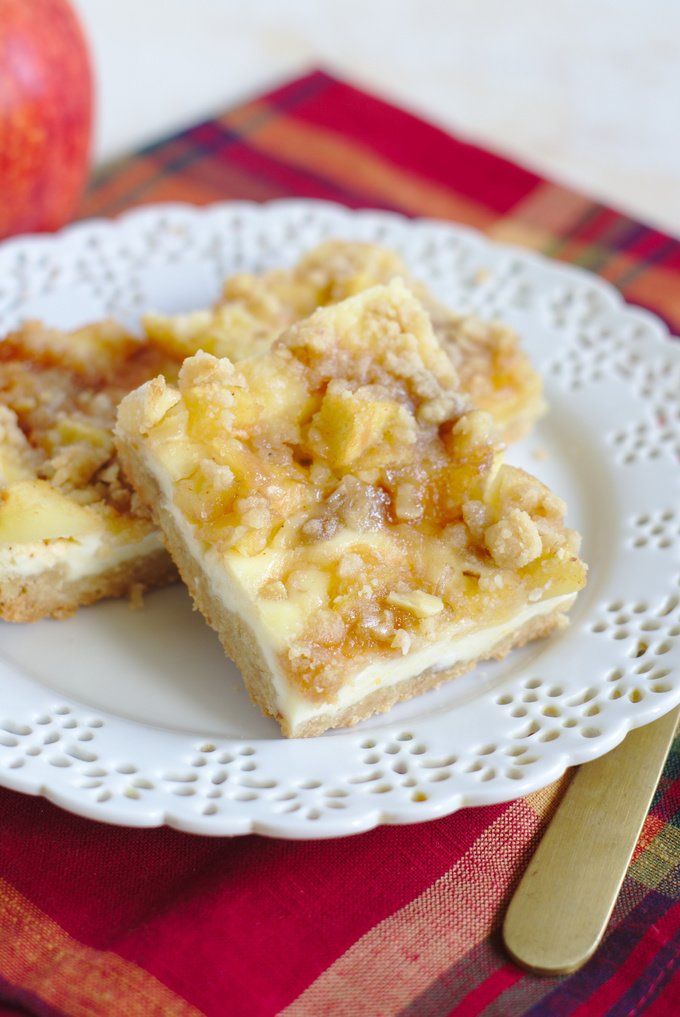 Apple Cider Cheesecake Bars