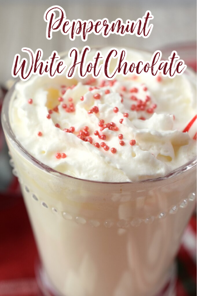 Peppermint White Hot Chocolate - This delicious holiday drink is perfectly sweet and cozy. Made with just a few simple ingredients in 10 minutes! Peppermint White Hot Chocolate | Peppermint Hot Chocolate | White Hot Chocolate Recipes